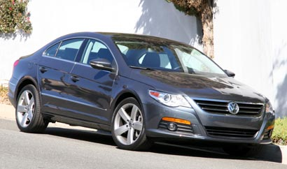 A three-quarter front view of a 2009 Volkswagen CC VR6 4Motion