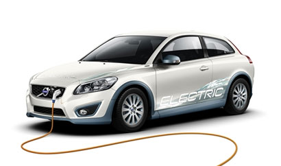 A three-quarter front view of a Volvo C30 Electric