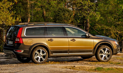 A side view of a 2013 Volvo XC70