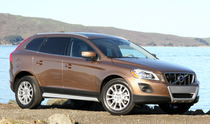 A three-quarter front view of a 2010 Volvo XC60 T6 AWD