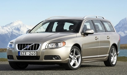 A three-quarter front view of a silver 2008 Volvo v70