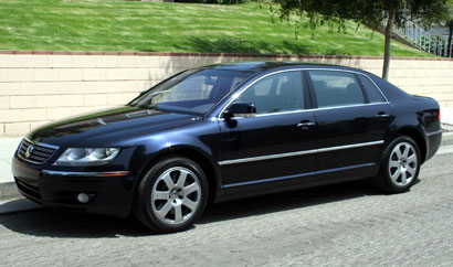 A three-quarter front view of a 2006 Volkswagen Phaeton W12