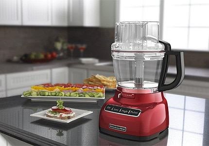 This KitchenAid food processor makes it easy to slcie and dice