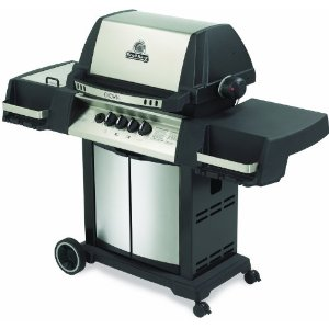 The Broil King Crown 90, one of GAYOT's Top 10 Barbecue Grills
