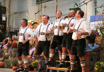 Frankenmuth Oktoberfest in Michigan (photo by wolfworld)
