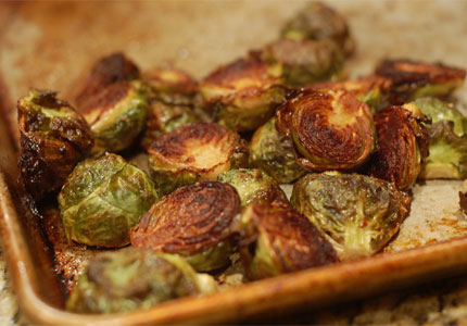 Roasted Brussels sprouts (image by Flickr user Amanda Westmont)