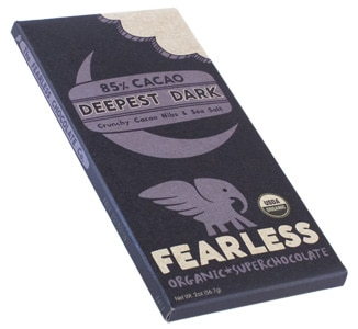 Fearless Organic Super Chocolate Deepest Dark is crafted at low temperatures to retain the maximum amount of nutrients