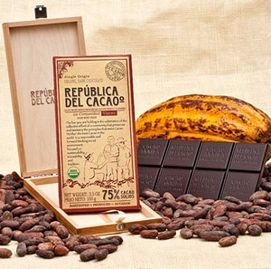 Republica del Cacao sources its chocolate solely from Ecuador