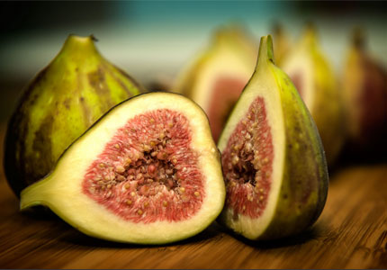 Figs are good for your health and your waistline, too (image by Flickr user Lynn Pennington)