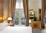 A guest room at Hyatt Regency Paris-Madeleine