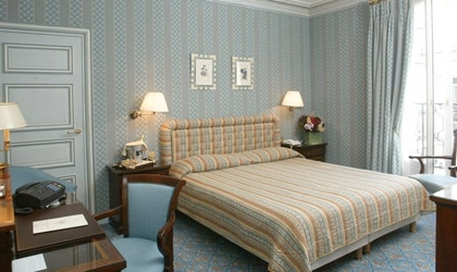 A room at the Franklin Roosevelt Hotel in Paris