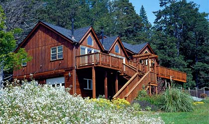 The Inn at Schoolhouse Creek at Little River, one of our favorite family resorts in the U.S.