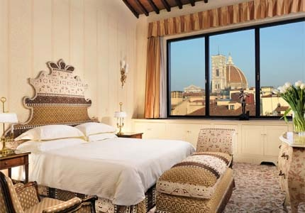 A guest room at Hotel Helvetia & Bristol in Italy