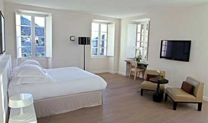 Enjoy the privacy at the U Palazzu Serenu in Olettu, Corsica