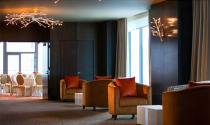 A luxurious lobby at the Hotel Palomar Chicago