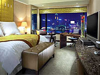 Superior Harbourview Room at InterContinental Hong Kong in China