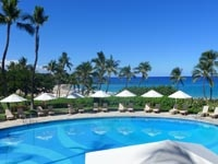 The beachside pool at Mauna Kea Beach Hotel in Hawaii