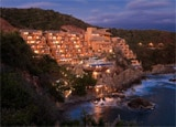 Capella Ixtapa cliffside resort