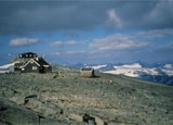 Fannarakhytta rests on the Fannarak glacier at Norway's highest elevation