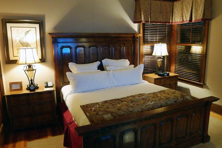 Room at The Ritz-Carlton Lodge, Reynolds Plantation, Greensboro, GA