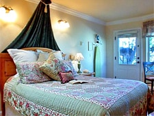 Room at Moonstone Cottages, Cambria, CA