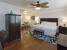 Bedroom at Beach Bungalow Inn & Suites in Morro Bay, California