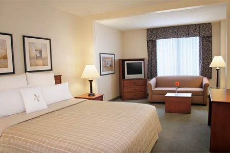 Room at THIS ESTABLISHMENT HAS BECOME HOTEL RUSH Four Points by Sheraton Chicago Downtown/Magnificent Mile, Chicago, IL