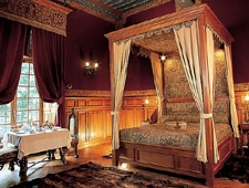 Room at Chateau de Vault-de-Lugny, Vault de Lugny, FR