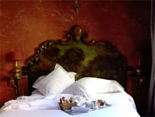 Room at Cour des Loges, Lyon, FR
