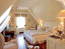 Room at Pont de l'Ouysse, Lacave, FR