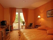 Room at Les Trois Soleils de Montal, Saint Céré, FR