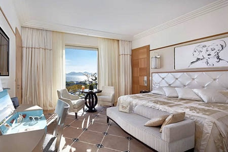 Room at Grand Hyatt Cannes Hotel Martinez, Cannes, FR