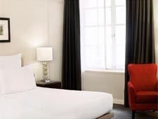 Room at Le Meridien Piccadilly, London, GB