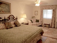 Lookout Lake Bed & Breakfast - Chattanooga, TN