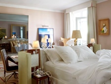Room at Le Royal Monceau - Raffles Paris, Paris, FR
