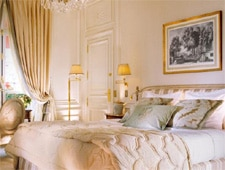 Room at THIS ESTABLISHMENT IS CLOSED FOR RENOVATIONS UNTIL THE SUMMER OF 2014 Hôtel Plaza Athénée, Paris, FR