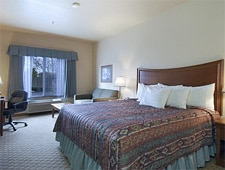 Room at Red Lion Inn & Suites McMinnville, McMinnville, OR