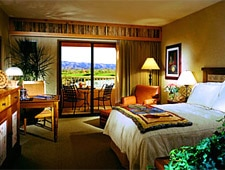 Room at Sheraton Wild Horse Pass Resort & Spa , Chandler, AZ