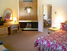 Svendsgaard's Lodge - Solvang, CA