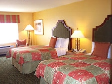 Room at DoubleTree by Hilton Hotel Campbell - Pruneyard Plaza, Campbell, CA