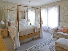 Room at Camellia Inn, Healdsburg, CA