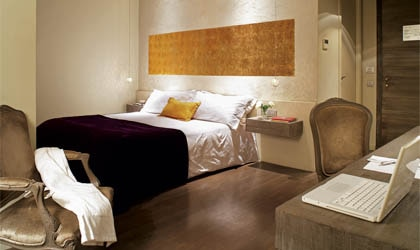A guest room at Neri Hotel & Restaurant in Barcelona