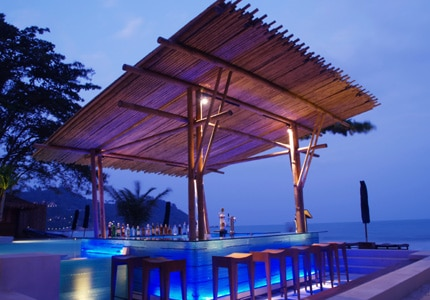 Yahoo! Travel published GAYOT's list of the Top 10 Swim-Up Pool Bars
