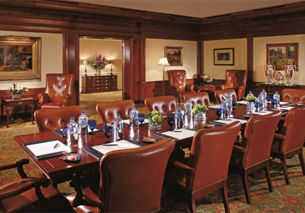 Hold meetings in The Clara Vista Room at The Ritz-Carlton, Phoenix, one of GAYOT's Top 10 Business Hotels in Phoenix/Scottsdale, Arizona