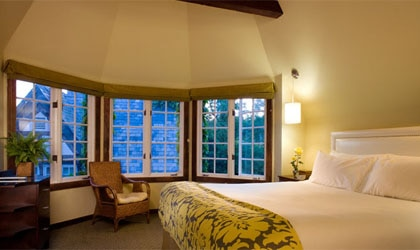 A guest room at Wine Valley Inn & Cottages in Solvang, CA