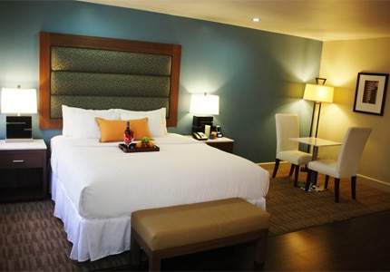 A guest room at BLVD Hotel & Spa in Los Angeles, CA, one of GAYOT's Top 10 Value Hotels in the U.S.