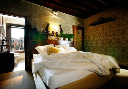 A guest room at Ca Maria Adele in Venice, Italy