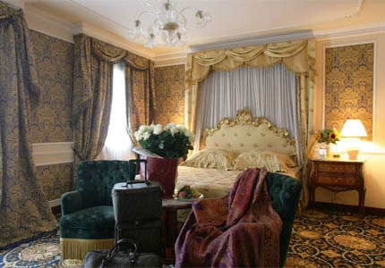 A guest room at Luna Hotel Baglioni in Venice, Italy