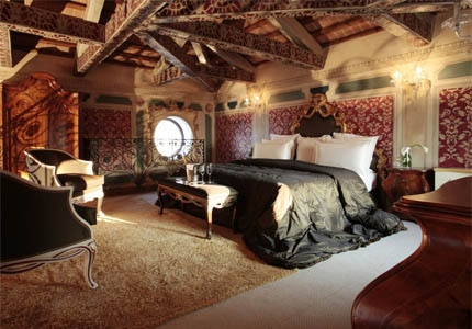A guest room at Boscolo Venezia in Venice, Italy