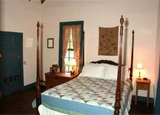 A guest room at Settlers Crossing Bed & Breakfast
